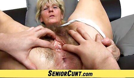 Très jolie blonde film x pour adulte se masturbe
