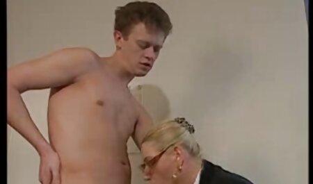Tout naturel 36F Maggie Green a une fête film pornographique adulte de baise orgie avec six!