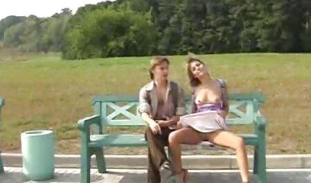 Elle berce mon monde avec une film adulte pornovore pipe