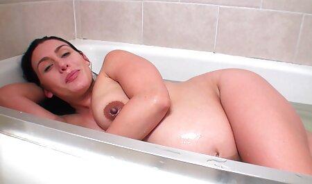 Les lesbiennes Sophie Dee et film adulte hd Dee Siren Dildo Fuck & Lick Pussies!