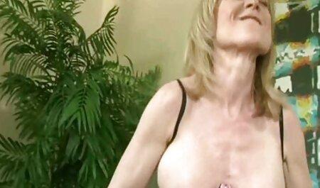 Elizabeth et Sandy Yardish Capri film x pour adult 120s